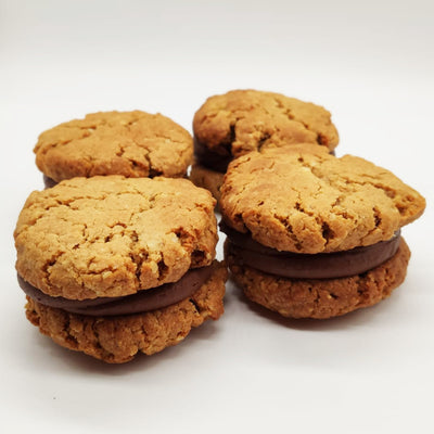 4 VEGAN Peanut Butter Cookies Sandwiches