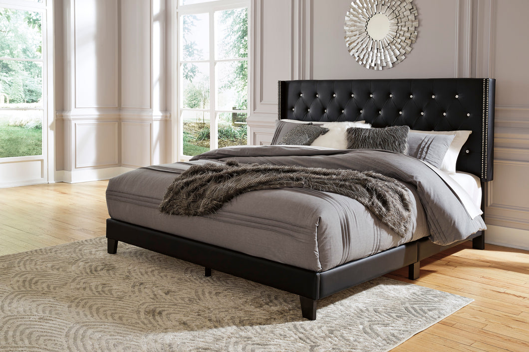 Vintasso 3 Piece Queen Upholstered Bed - B089-081 - Signature Design by Ashley Furniture