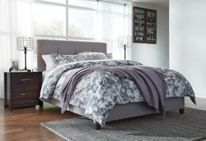 Dolante - Queen Upholstered Bed - B130-781 - Signature Design by Ashley Furniture