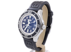 Great-Looking Breitling 'SUPEROCEAN 42' A1736402 Diver's Watch in Very Good Condition