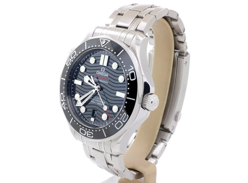 2018 Omega Seamaster DIVER 300M CO-AXIAL MASTER CHRONOMETER 42 MM 21032422001001 (Like New)