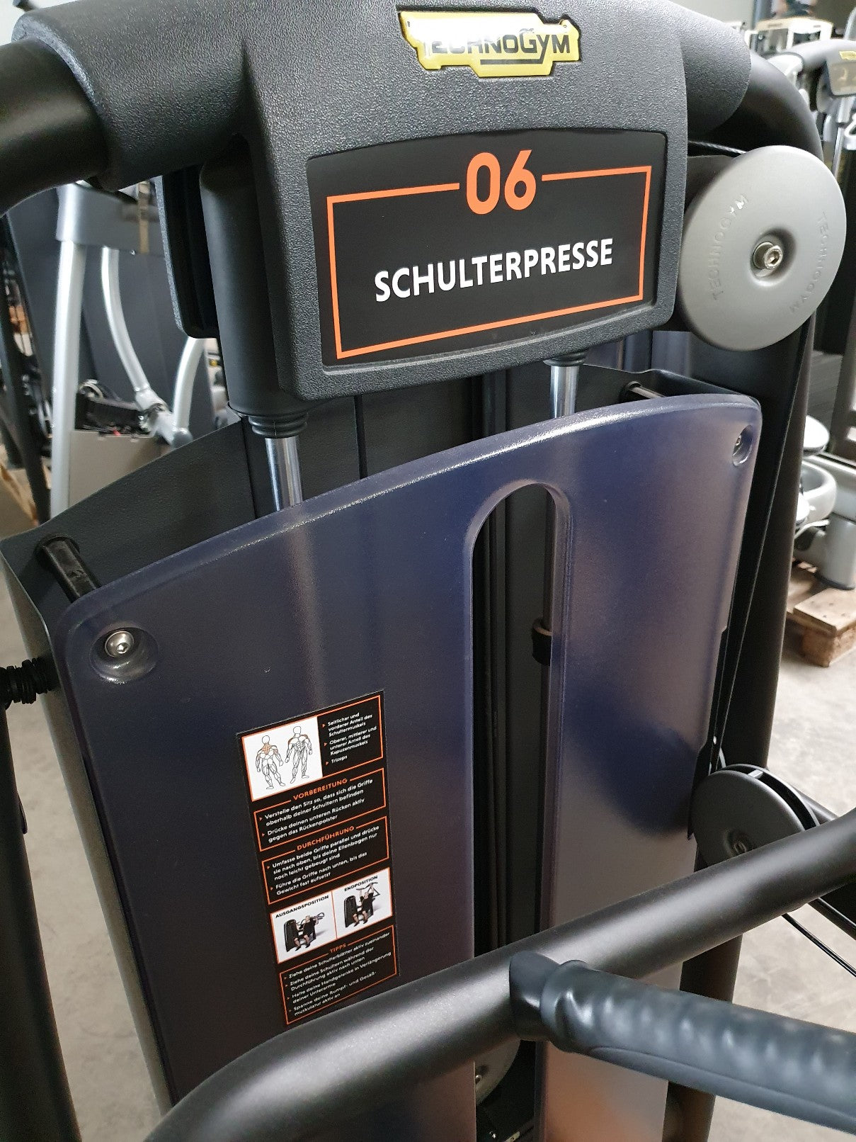 PROFI TECHNOGYM Selection Line Black Shoulder Press Schulter Presse Fitness Gym