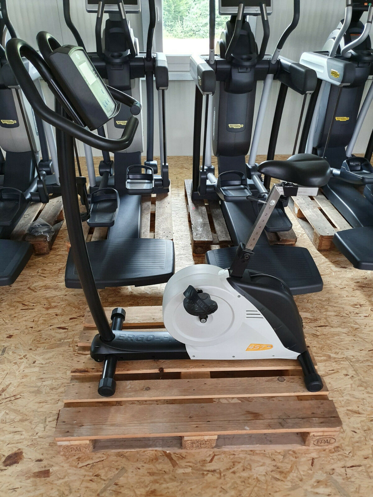 Ergo Fit 457 Upright PWC Test Bike Fahrrad Ergometer Fitness Studio Gym