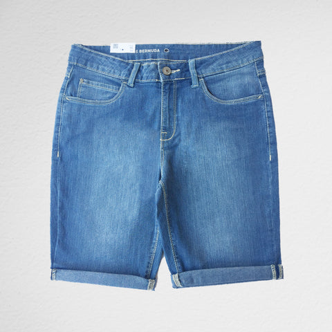 "The Bermuda Short ""Light Blue"""