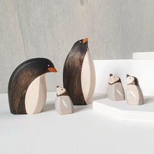 Load image into Gallery viewer, Brin d'Ours Penguin Standing/Curved (ETA Nov/Dec)