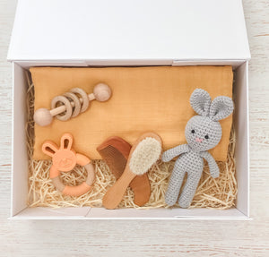 Apricot Baby Gift Box- Tommy & Ben