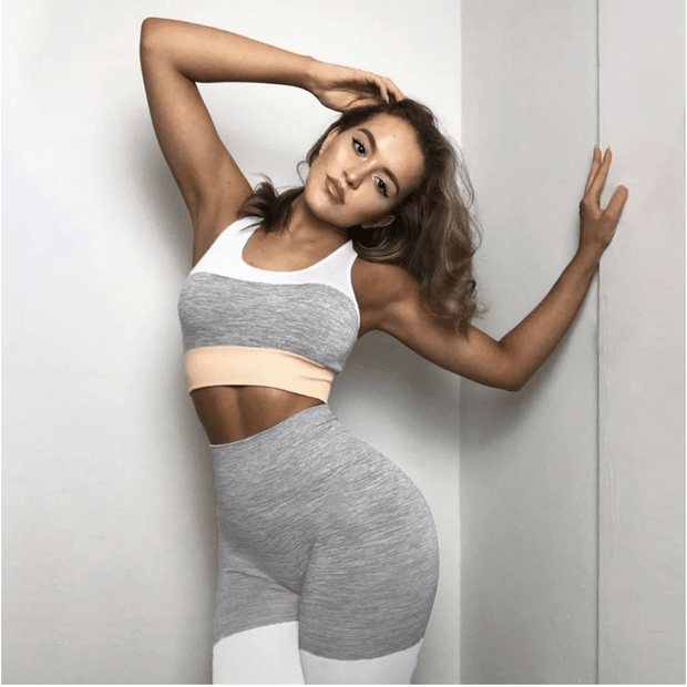 Seamless Contrast Lines Set - Moderne Women - FITNESS WEAR Best Deals Cheap High Quality Leggings Tops Fitness Gymwear Makeup Cosmetics At Home Workout Gear Paint By Numbers
