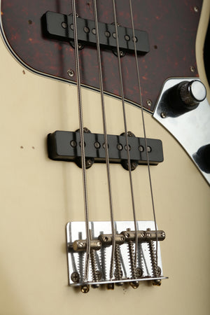 Fender 60th Anniversary Roadworn Jazz