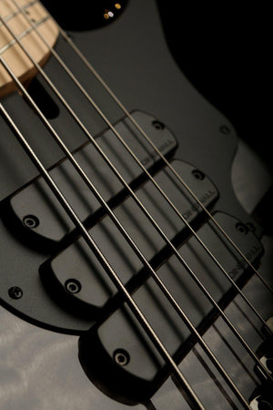Bass Guitars - 2019 Dingwall Combustion 5 Quilt Top 3X Blackburst