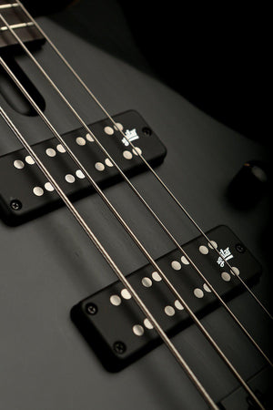 Bass Guitars - Cole Clark Kennedy LLB4 Satin Black