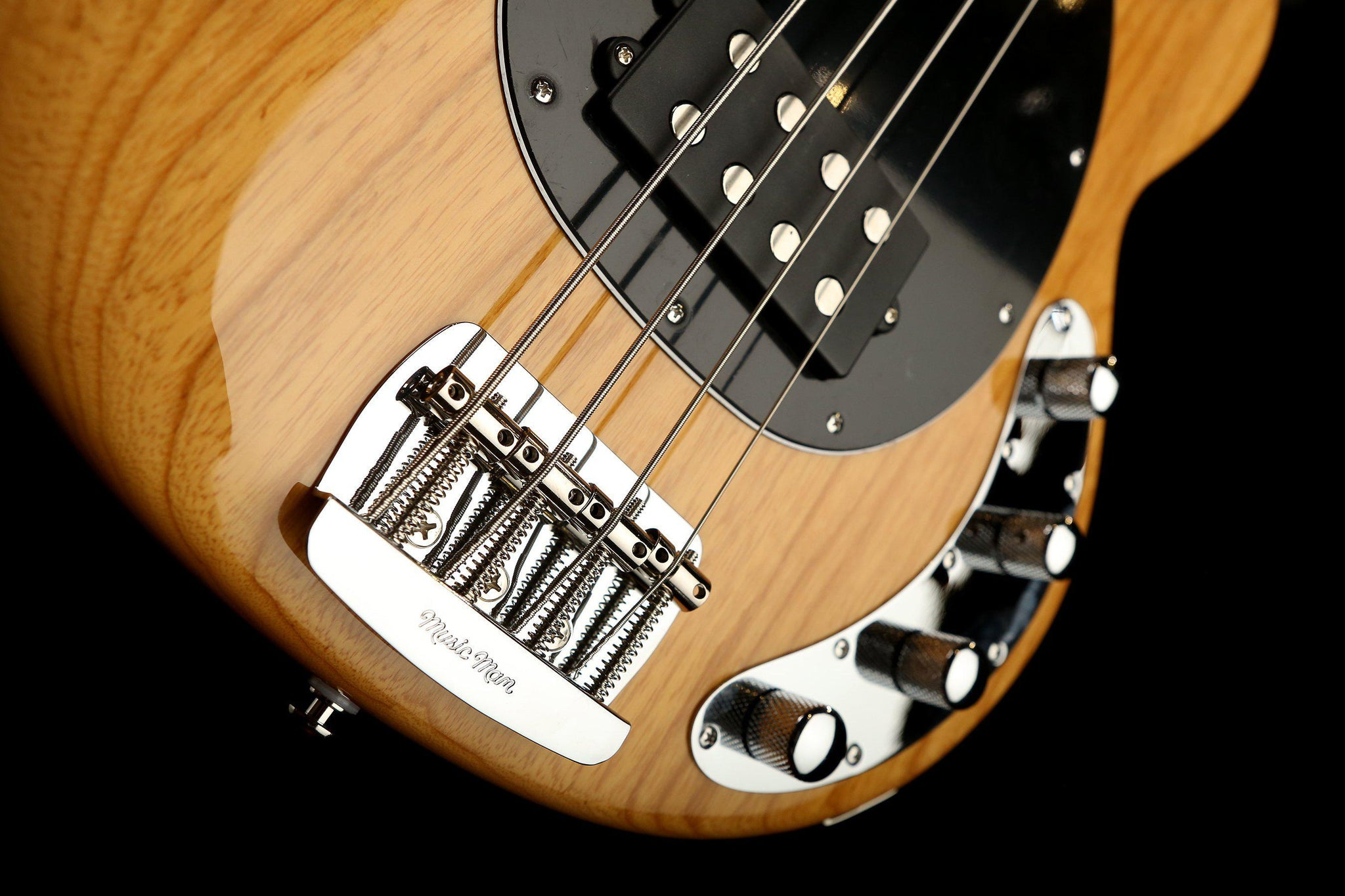 ernie ball music man stingray special 4 natural ash roasted maple bass centre. Black Bedroom Furniture Sets. Home Design Ideas