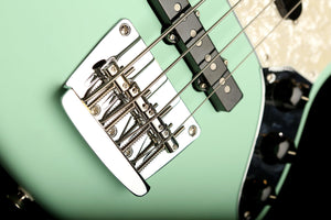 Bass Guitars - Fender American Performer Mustang Bass