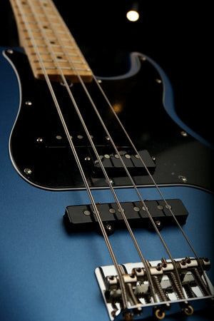 Bass Guitars - Fender American Performer Precision Bass