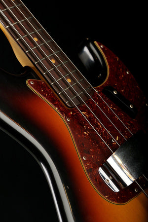 Bass Guitars - Fender Custom Shop 1960 Journeyman Relic Jazz