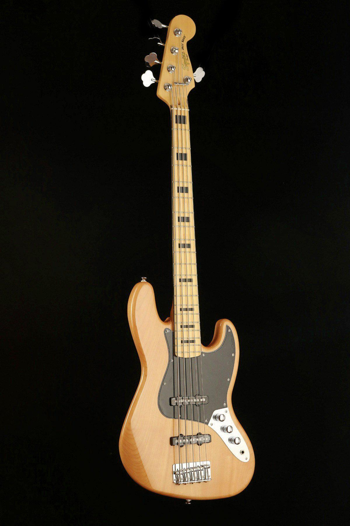 Squier Vintage Modified Jazz V 5 String Bass Centre
