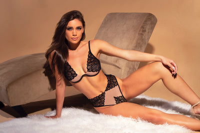 bra & panty set, 40-11070 - Long Lined Cups With Decorative Appliqued Lace And Matching High Waist Panty - Lavender's Dream