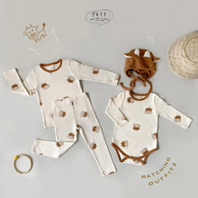 Load image into Gallery viewer, MOO MOO Baby Bodysuit Set ( Hat + Bodysuit ) * Preorder