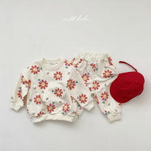 Load image into Gallery viewer, Spring Floral top and pants set *Preorder