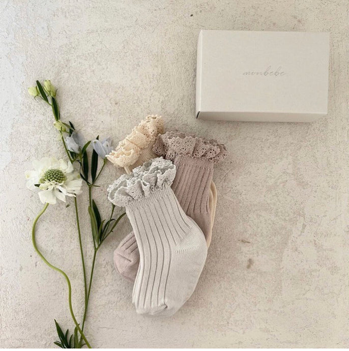 Lace Socks Set ( Set of 3)* Preorder