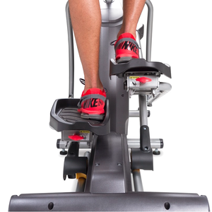 Spirit Fitness XE395 Elliptical pedals