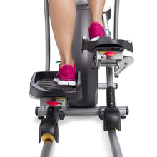 Load image into Gallery viewer, Spirit Fitness XE295 Elliptical pedals