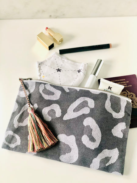 beach clutch bag