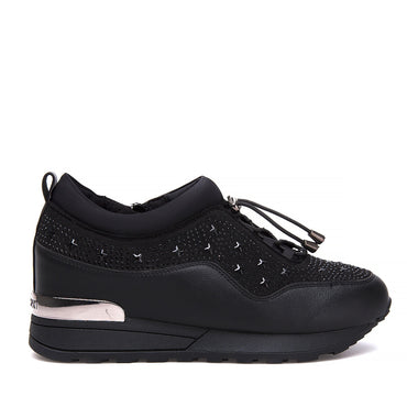 KRISTE BELL Shoes & Sneakers