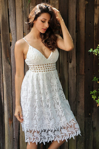 Simplee Deep V padded backless white lace dress