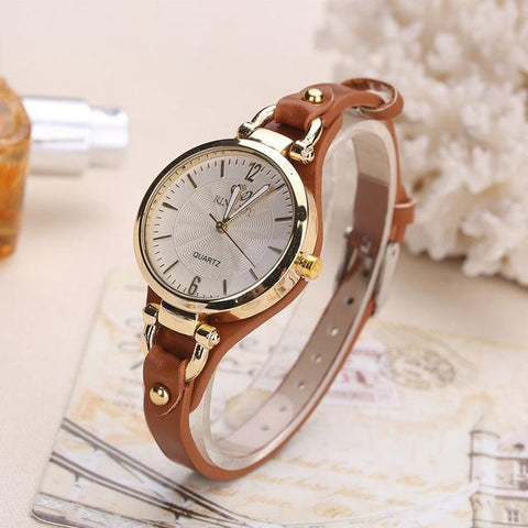 Women Casual Watches Round Dial Rivet PU Leather Strap Wristwatch