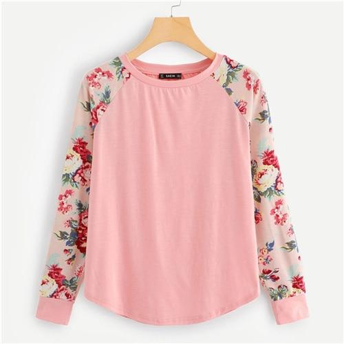 Pink Floral Raglan Sleeve Curved Hem Top Casual Long Sleeve Round Neck T-shirts Women Autumn Minimalist Tee Shirts