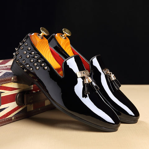 Men Casual Shoes Fashion Slip-On Business Banquet Oxfords Sexy Rivet Flats Formal Dress Wedding Shoes