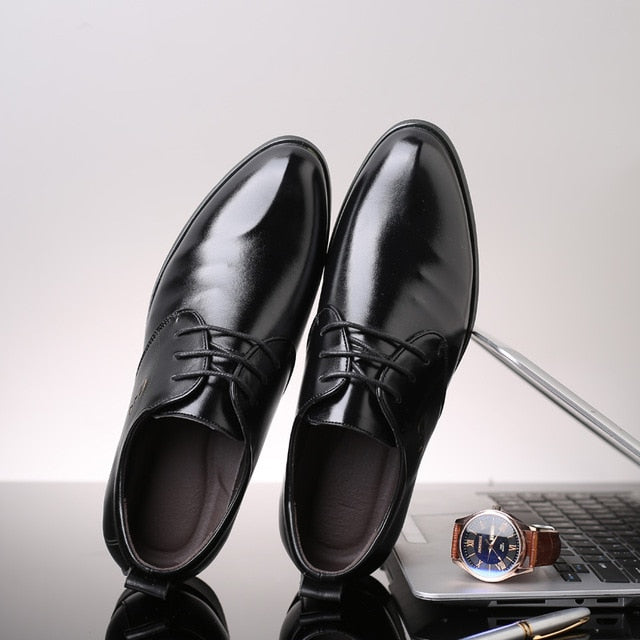 Fashion Man Formal Wedding Party Shoes British Style Men Leather Shoes High Quality Breathable Lace Up Oxfords Shoes