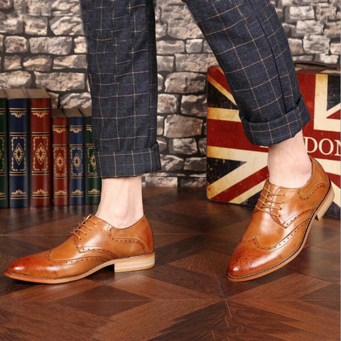 Brand Brogue Brown Red Black Men Business Dress Shoes Pointed Toe Men Wedding Shoes Leather Formal Shoes