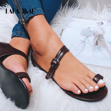 Outside Beach Buckle Strap PU Leather Flat Sandals