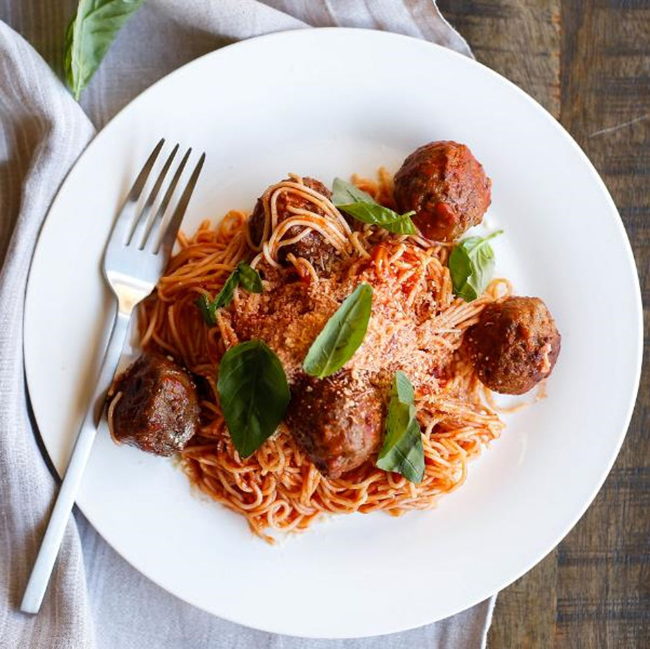Italian Spaghetti & Meatballs With Tomato Sauce, Fresh Basil & Grated Parmesan Cheese