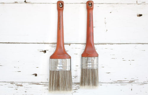 Oval Country Chic Paint Brush