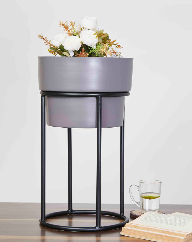 Bradley Grey & Black Planter Small
