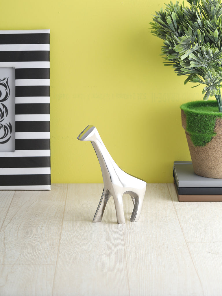 Geometric Giraffe Sculpture nickel