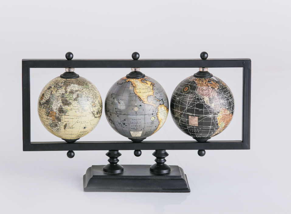 World Traveller Multi Globe Stand
