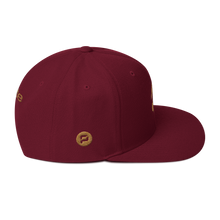 Load image into Gallery viewer, Pirate Skull Gold Snapback Hat