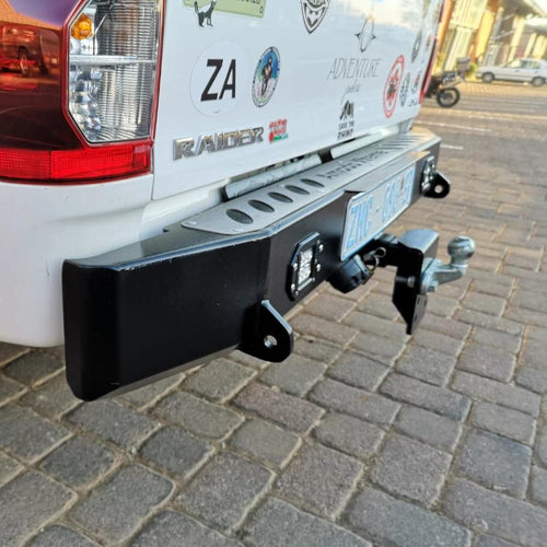 Rear Bumper towbar – Square + Light (Hilux Revo 2016-Current)