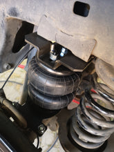 Load image into Gallery viewer, Fortuner Air Helpers Rear Suspension (Raised Suspension)