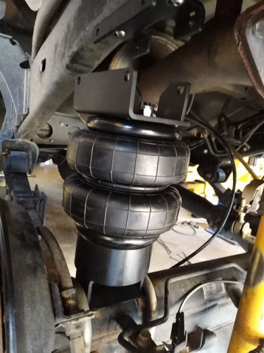 Land Cruiser Rear Airbags raised Suspension