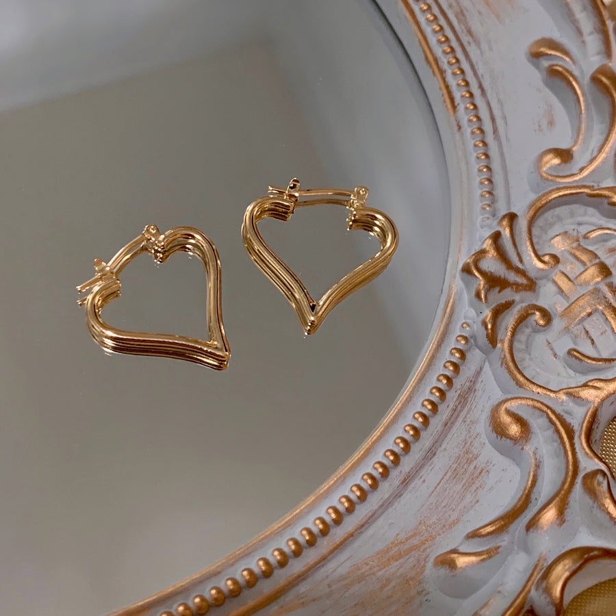 MINI SWEETHEART HOOPS