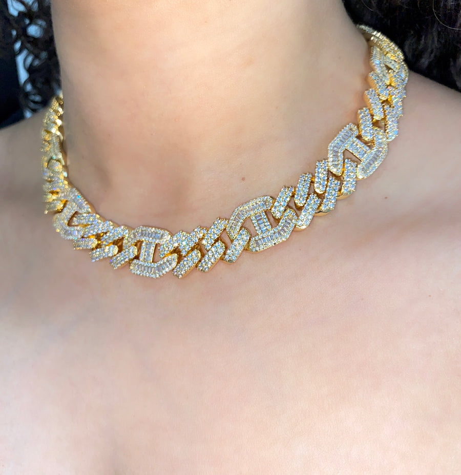 ICY CUBAN LINK NECKLACE