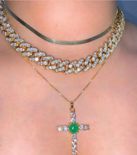 Load image into Gallery viewer, CRYSTAL JADE CROSS NECKLACE
