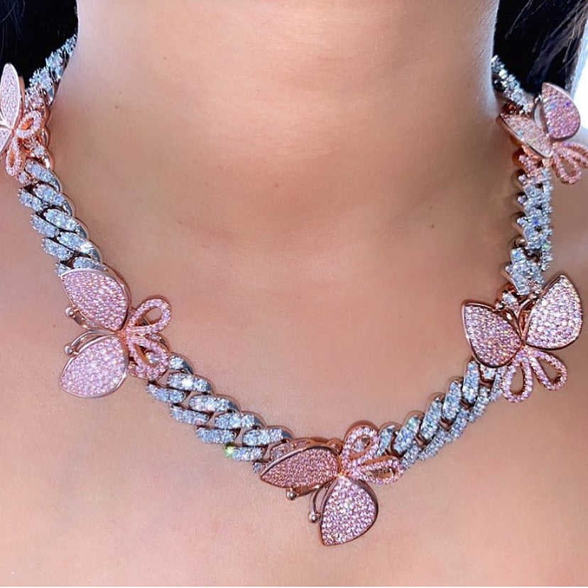 BUTTERFLY GALORE SILVER/PINK NECKLACE