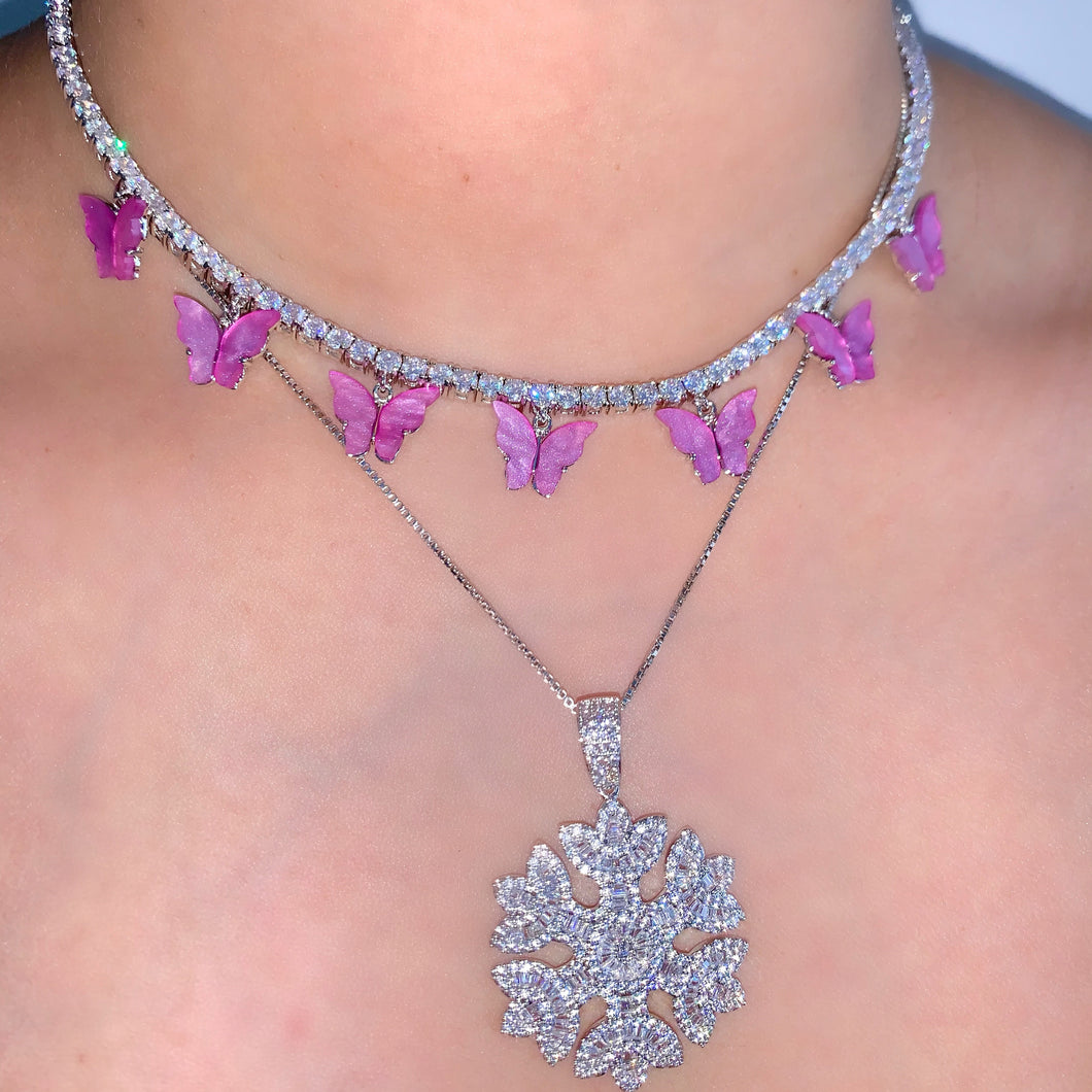 ICY SNOWFLAKE NECKLACE