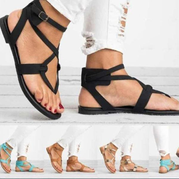 Women's Casual Plus Size Buckle Sandals