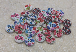 Lot of 32 Buttons ~ Various Colors